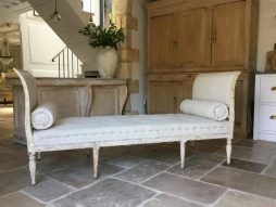 Fabulous Period Swedish Gustavian Daybed in Antique Linen