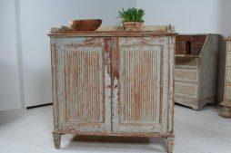 Swedish 19th Century Reeded Gustavian Buffet Sideboard