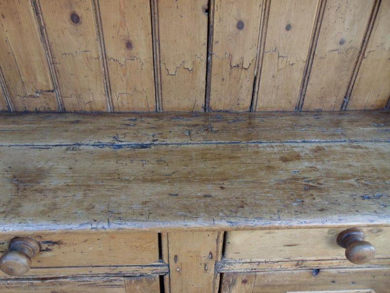 Early 19th Century Antique Irish Pine Dresser Interior