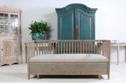 Swedish 19th Century Antique Sofa Bench in Belgian Linen