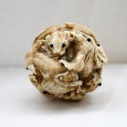 Antique 19th Century Japanese Ivory Rat Ball Okimono