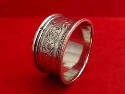 Antique Sterling Silver Banded Napkin Ring With a Floral Pattern
