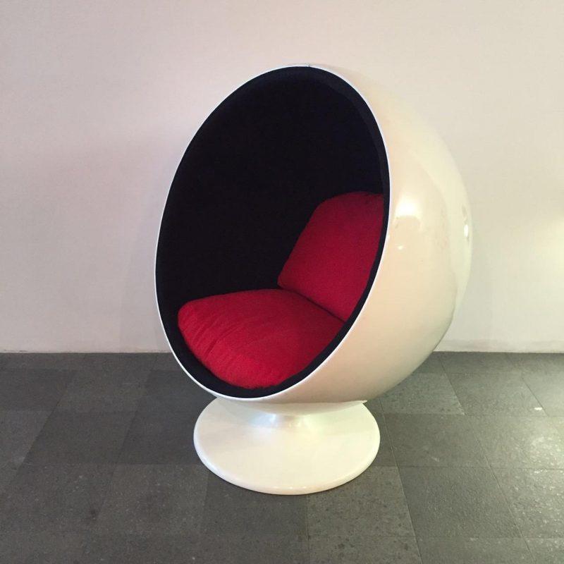Ball Chair Eero Aarnio Adelta Finland 1963 & Ball Chair Eero Aarnio Adelta Finland 1963 | Interior Boutiques ...