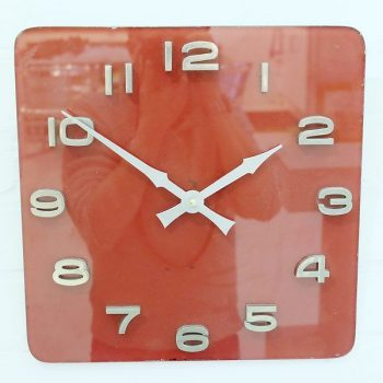 260-Red Glass Retro Wall Clock