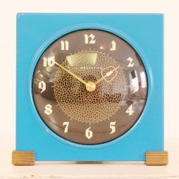 270-Retro Mantel Clock