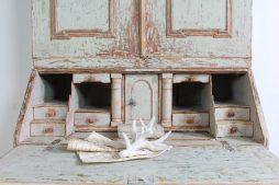 Elegant Antique Swedish 18th Century Rococo Secretary Bureau