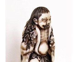 Antique Ivory Netsuke of Gama Sennin