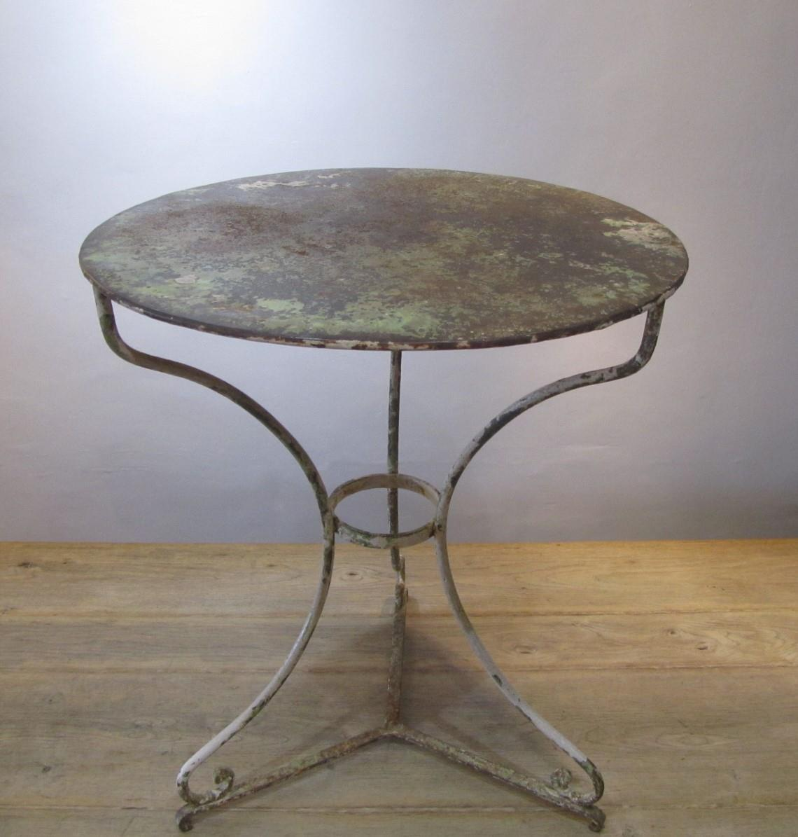 Antique french wrought iron cafe table interior for Wrought iron cafe chairs