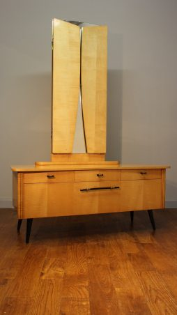SMART CONTINENTAL 1950S SATINWOOD LADY'S DRESSING TABLE