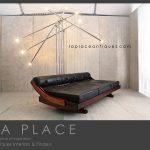 La_Place_Antiques