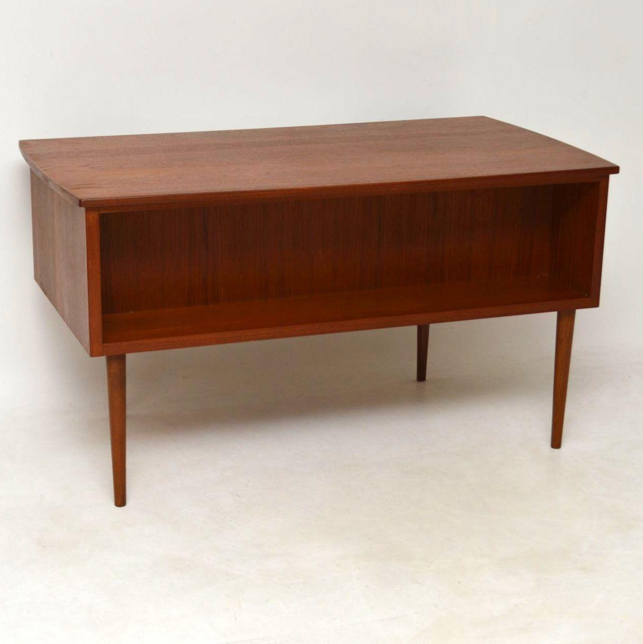 1960's Danish Vintage Teak Desk - 1960's Danish Vintage Teak Desk Interior Boutiques – Antiques For
