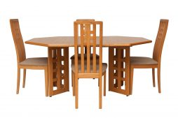 MID CENTURY MODERN DESIGN DINING TABLE AND FOUR CHAIRS