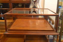 Beautiful Mahogany Jewellery Display Cabinet