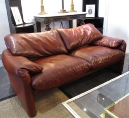 A Maralunga 675 two seater leather sofa