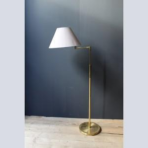 French 1930's Brass Lamp with Adjustable Height and Swivel Arm