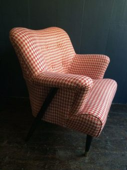 Mid-Century 1940s English Armchair Upholstered in Italian Linen