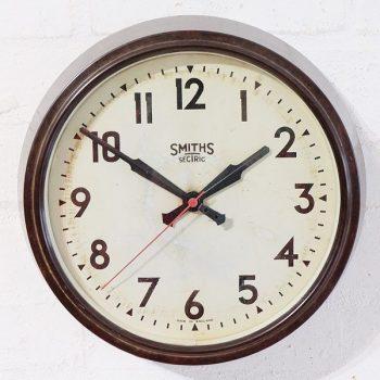 269-Smiths Bakelite Clock