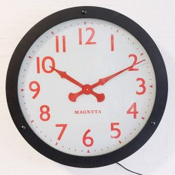 272-Magneta Glass Dial Wall Clock