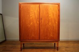 Danish Master Cabinet Maker Teak Fitted Dining Cabinet circa 1960