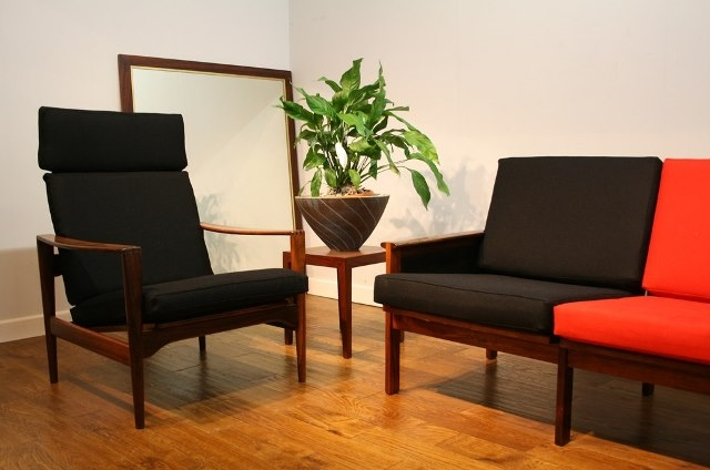 Danish Small Sofa for re-upholstery c1950