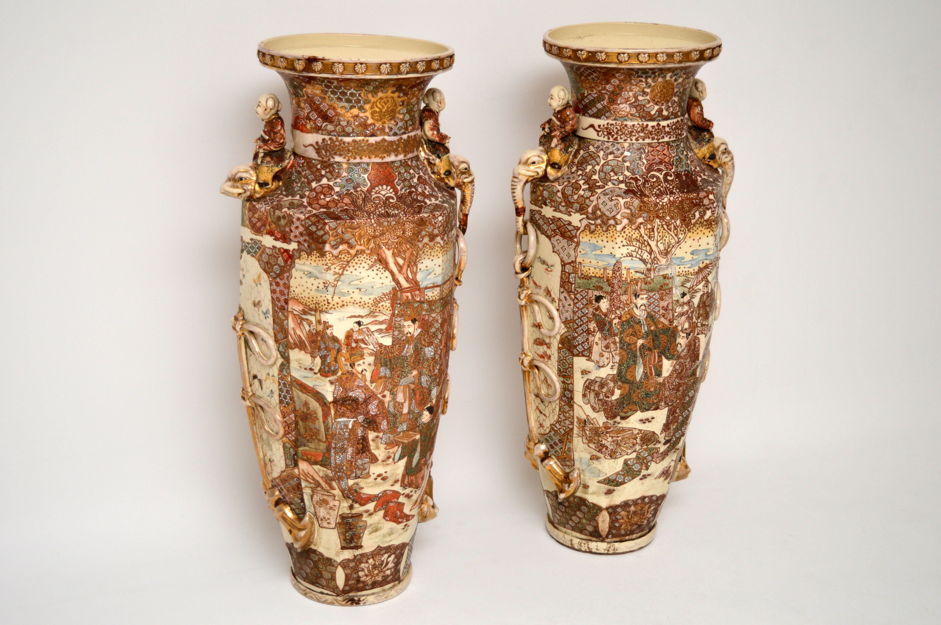 Very Large Pair Of Antique Satsuma Vases Interior
