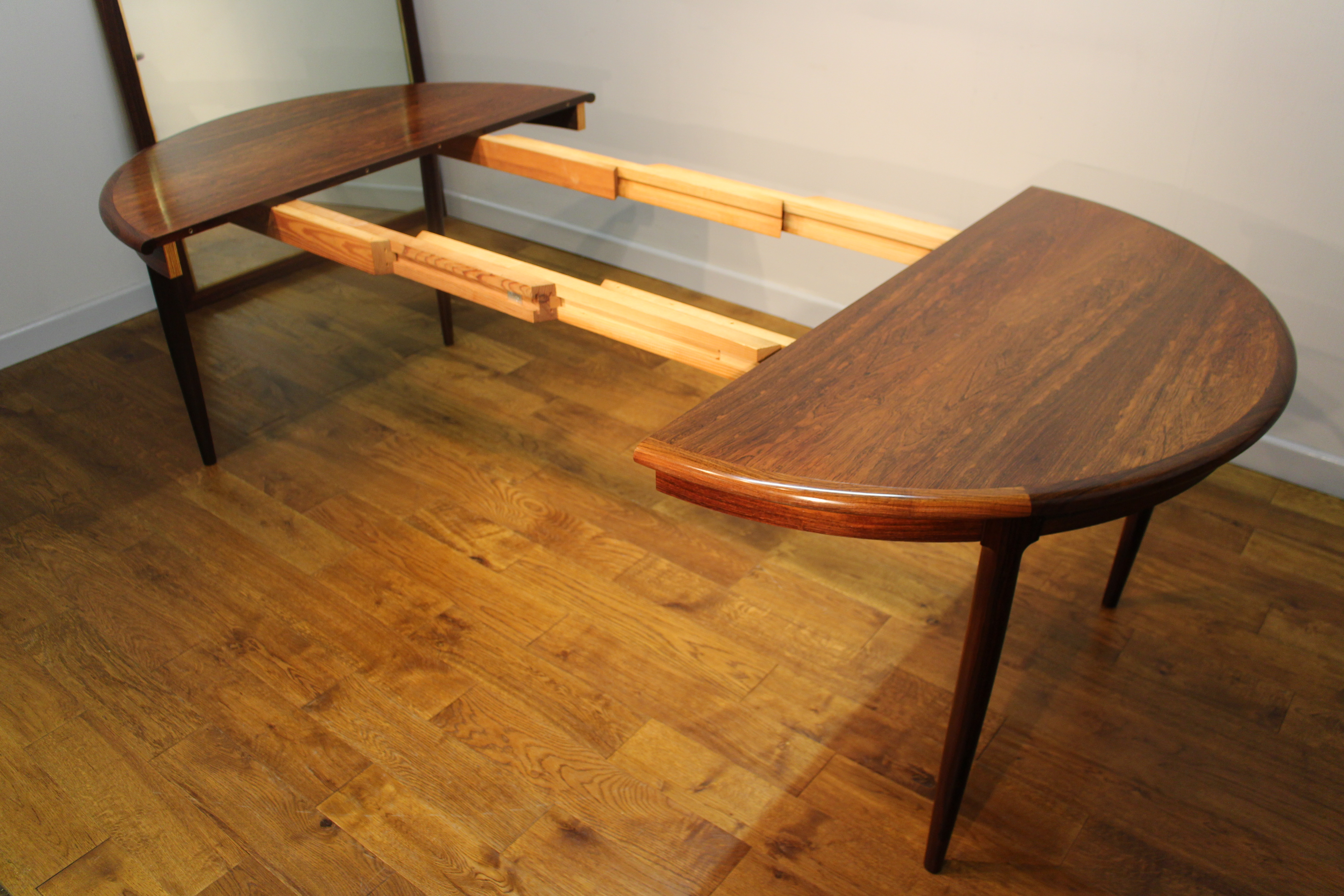 Niels Moller Rosewood Dining Table Interior Boutiques
