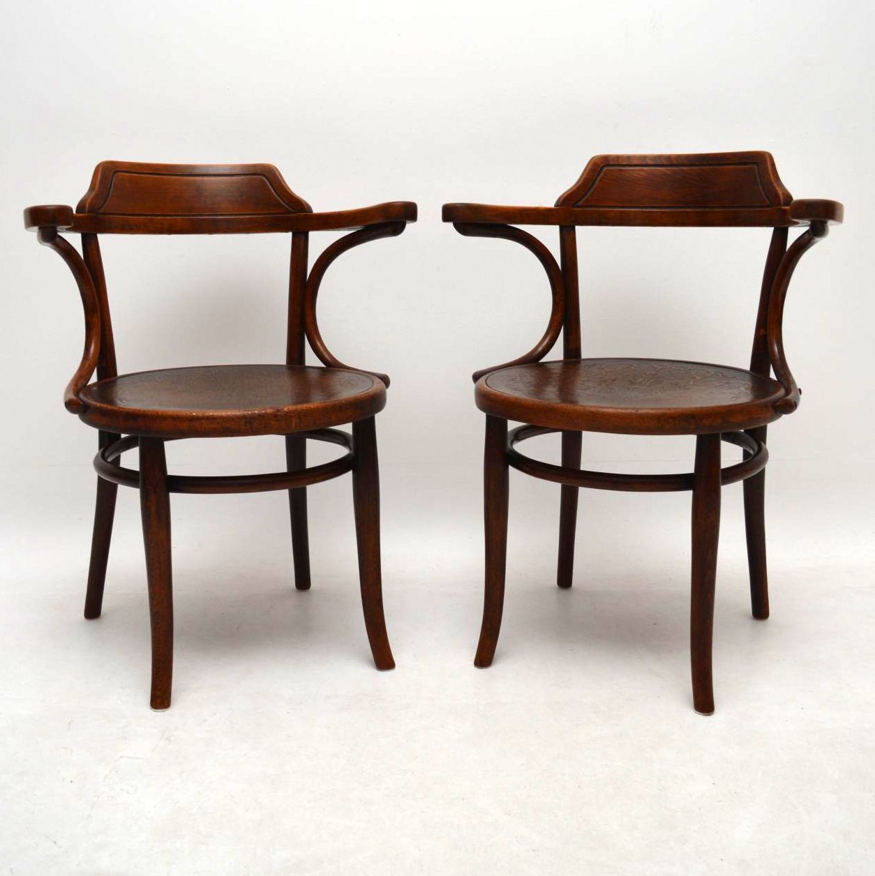 Image of: Pair Of Antique Bentwood Armchairs By Thonet Interior Boutiques Antiques For Sale And Mid Century Modern Furniture French Furniture Antique Lighting Retro Furniture And Danish Furniture