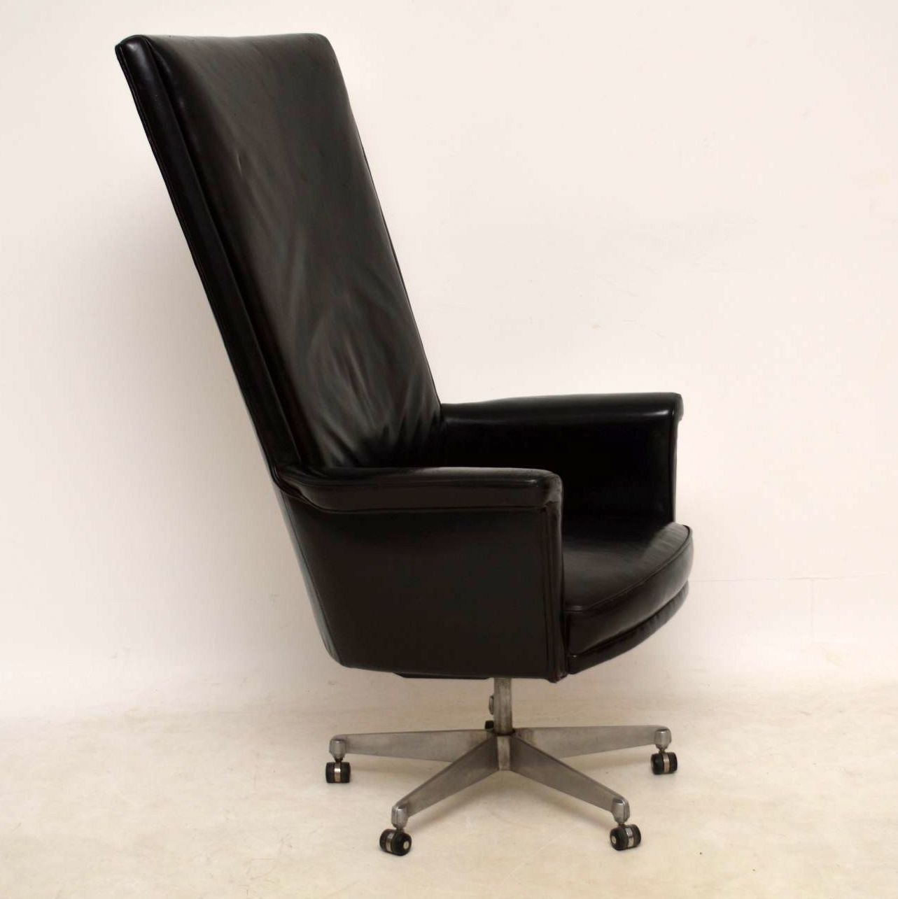 Fine 1960S Vintage Leather Swivel Desk Chair By John Home For Howard Keith Pdpeps Interior Chair Design Pdpepsorg