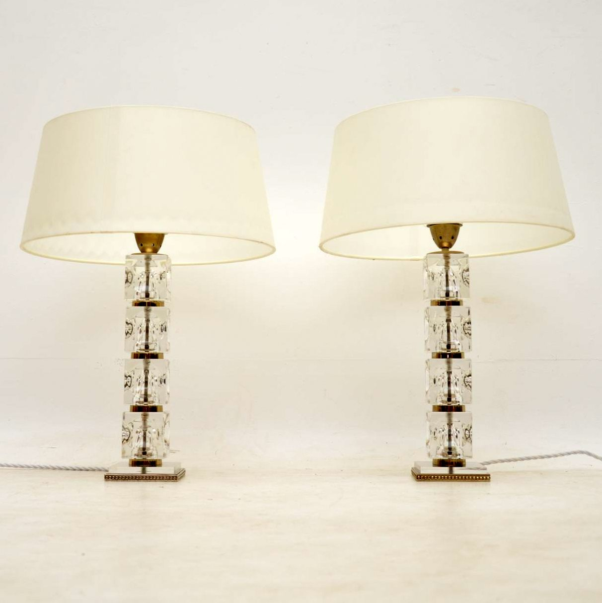 Pair Of Gl Vintage Table Lamps